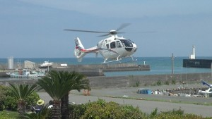 当日にはさまざまなイベントが企画され、市内上空を遊覧飛行するヘリコプター(有料)に乗ることもできます