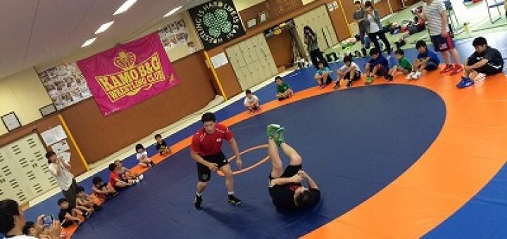 リオ五輪と同じマットで練習に励む子供たち。世界基準なので、ここで国際大会も開催できるそうです