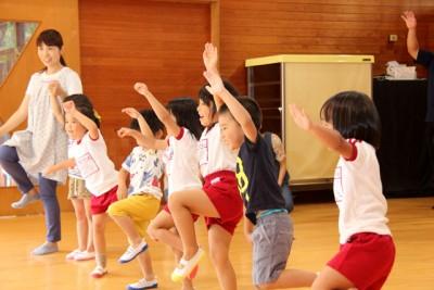 「がんばろう熊本!」第1弾は南阿蘇村で運動教室。園児91名が元気にからだを動かす