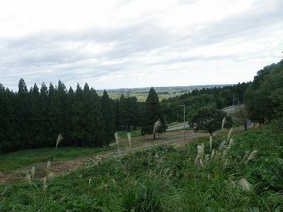 眼下に広がる庄内平野。移り行く景色に見とれてしまいます