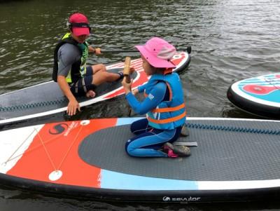 夏場は仕事が忙しくて娘と遊ぶ機会がなかったため、この日は二人で思い切りSUPを楽しみました