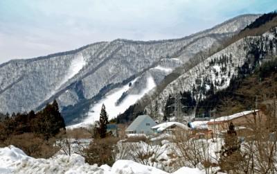 みなかみ町のスキーゲレンデ。スノボーに夢中で温泉にはあまり関心のない私でした!