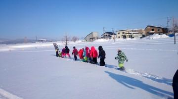 こんなに深い新雪でもらくらく歩けます