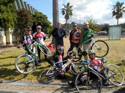 海洋センターに立ち寄ったサイクリストたち。 今後も、たくさんのサイクリストが訪れてほしいと思います