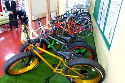 納品された自転車