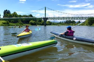 1人乗りと2人乗りのカヌーを体験。滝川はグライダーが盛んと思われているが、カヌーも