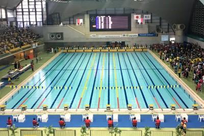 東京辰巳国際水泳場のプール