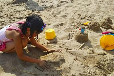 砂浜遊びの定番。お気に入りができるまでマイサンドアート