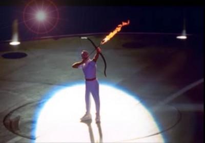 バルセロナ五輪での聖火点火 出展:RENOTE [リノート]