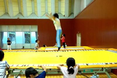 楽しく体を動かす上で、トランポリンの跳躍は子どもたちに大好評です