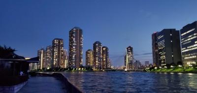 永代橋から見える夜景がきれいな「佃島」