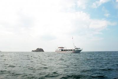 コース近くには遊覧船が。時折流れる風が気持ちいい!
