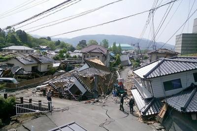 「熊本地震」で倒壊した家屋