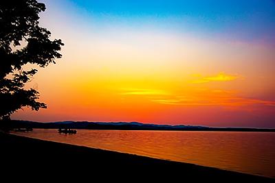 夕景の網走湖