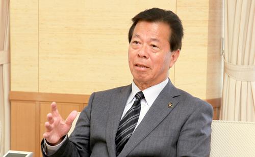 海洋センターを多目的化し、市民に健康と活力を提供! 静岡県掛川市 松井 三郎 市長