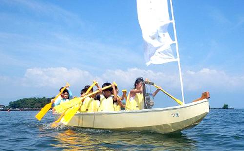 日本一大きい湖、琵琶湖で楽しむ野洲市のドラゴンボートレース
